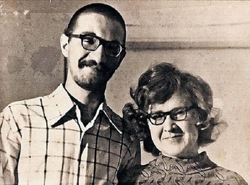 18 летний Юрий Шевчук с мамой